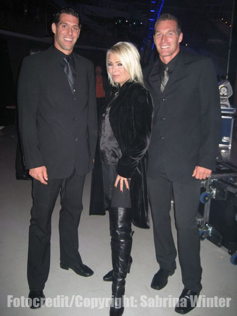 kim Wilde proving you dont have to be 20 to wear thigh length boots
